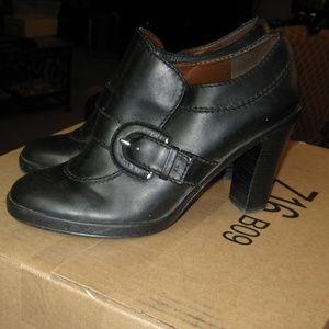 Tommy Hilfiger Women's Shoe  Black